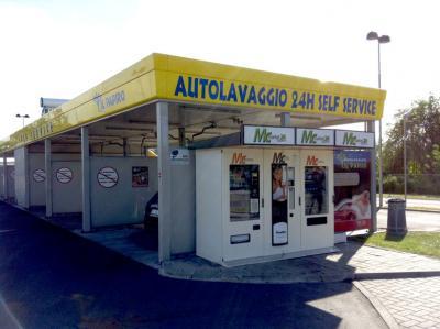 """Monza Autolavaggio """"Il Papiro"""""""